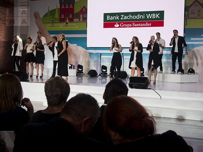 """Gala II edycji konkursu """"Tu mieszkam, tu zmieniam"""" Fundacji Banku Zachodniego WBK"""